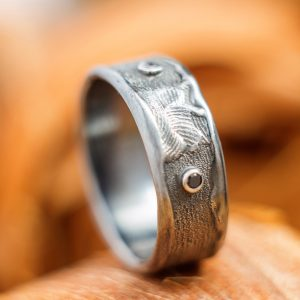 Unisex sidabro žiedas su oniksu ir topazu